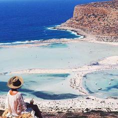 Wouldn't you have your coffee here?@talinegabriel @creteisland !!#crete#creteisland#balos#photooftheday#photography#photo#island#autumn#beautiful#beauty#beautifuldestination#beach#kreta#instatravel#instahappy#insta#follow#followme#love#travel#travelgram#traveling#letstravelcrete#greece#relax#aishaboutiquehotels