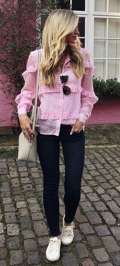 pink blouse + bag + black skinnies + sneakers