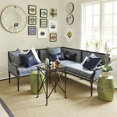 Mirror in living room: Decorating With Mirrors: Home Decorating Ideas