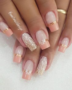 100 Beautiful wedding nail art ideas for your big day Need some wedding nails inspiration for your big day? You've come to the right place, here are the most beautiful wedding nail designs for your special day from artists around the world. Simple Wedding Nails, Wedding Nails Design, Nail Wedding, Elegant Nails, Stylish Nails, Christmas Nail Art Designs, Christmas Nails, Funny Christmas, Nagellack Trends