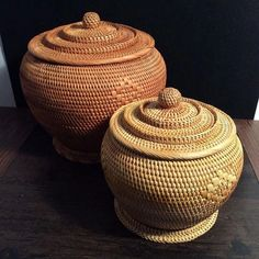 Defined, rustic style is a design emphasis on rugged, natural beauty. Jar Storage, Storage Baskets, Large Woven Basket, Pine Needle Baskets, Rattan Basket, Wicker, Bamboo Crafts, Temple, Pine Needles