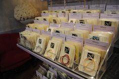Cordoncini in coda di topo e cotone cerato, di varia grandezza e di molti colori