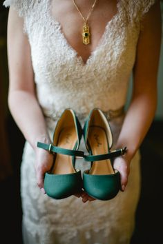 Love these emerald colored heels! Perfect for this bride's vintage wedding! by Amanda Watson