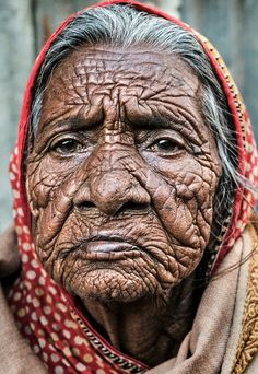 beauty inside cry's out.The beauty inside cry's out. Old Faces, Many Faces, Beauty Inside, Interesting Faces, World Cultures, People Around The World, Old Women, Portrait Photography, Beautiful People