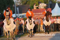 Niederländer gewinnen Gold mit der Mannschaft. http://reiterzeit.de/europameisterschaften-reiten-2015/#springreiten