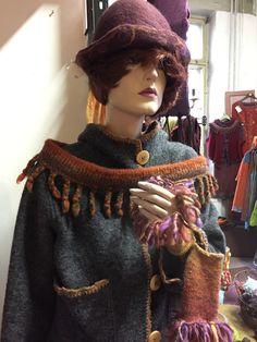 Captain Hat, Dreadlocks, Knitting, Hair Styles, Hats, Beauty, Fashion, Hair Plait Styles, Moda