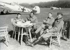 Luftwaffe pilots during the Battle of Britain - 1940