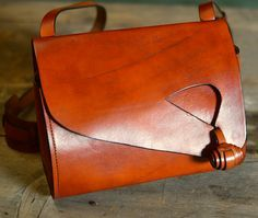 Leather Shoulder Bag from Rilleau Leather, influenced by a design of the 1940s. $518 at slowlivingshop.com Leather Tooling, Leather Purses, Leather Handbags, Cotton Bag, Beautiful Bags, Leather Shoulder Bag, Saddle Bags, Leather Bags Handmade, Leather Craft