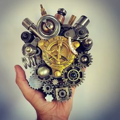 So let your heart be your compass when you're lost... #heart #humanheart #steampunk #trashart #teodosio #greekart #greekartist #greece #metalart #metalwork #sculpture #teodosiosectioaurea #welding #weldporn #welder