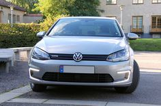 2015 Volkswagen e-Golf #vw #Volkswagen #golf #egolf #cars #motor #Automotive #biler