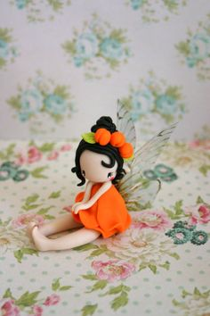 Apricot fairy figurine by TheDollAndThePea on Etsy: Polymer Clay People, Polymer Clay Fairy, Polymer Clay Figures, Cute Polymer Clay, Polymer Clay Dolls, Polymer Clay Projects, Polymer Clay Princess, Cold Porcelain Tutorial, Crea Fimo