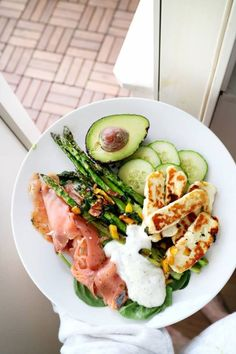 Healthy Dinner Ideas for Delicious Night & Get A Health Deep Sleep Healthy Snacks, Healthy Eating, Healthy Recipes, Radish Recipes, Keto Recipes, Aesthetic Food, Food Inspiration, Love Food, Clean Eating