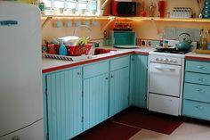 retro kitchen, vintage kitchen