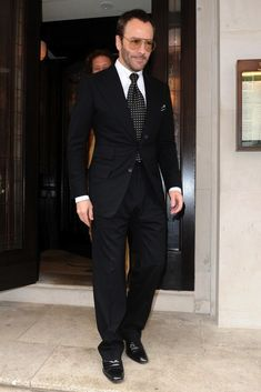 Tom Ford Styles in Sunglasses and Suit for Vanity Fair Lunch in ...
