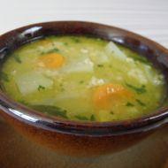 Fotografie receptu: Lehká polévka s kedlubnou a vločkami