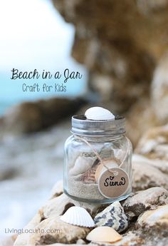 Easy Kids Craft Idea to Preserve Vacation Memories - Beach in a Jar - LivingLocurto.com