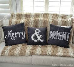Merry & Bright Pillows! (Free Printables!) #ShutterflyDecor -- Tatertots and Jello
