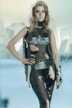 1960s Sci-fi Chic: 22 Rare and Funny Vintage Behind-the-Scenes Photos of Jane Fonda as Barbarella