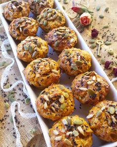 """Muffins salados de boniato, ajo y parmesano Unas """"magdalenas"""" que te enamorarán, muy tiernas y jugosas gracias a la gran ca..."""