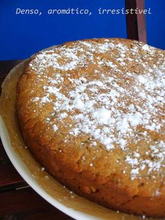 Bolo Podre do Ribatejo Bolo Vegan, Sweet Recipes, Cake Recipes, Portuguese Recipes, Portuguese Food, Sweet Cakes, Deserts, Good Food, Food And Drink