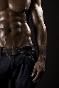 black_male_model_abs_chest6 . -  Develop the sexual presence of a model! Click the pic.