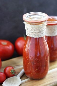 Tomatensoße einkochen Too many tomatoes left? How about a homemade tomato sauce for cooking? Not only tastes good but is also healthy and free from flavor enhancers Pancake Healthy, Best Pancake Recipe, Healthy Cookie Recipes, Healthy Cookies, Gluten Free Cookies, Chutneys, Italian Pastries, Homemade Tomato Sauce, Party Buffet