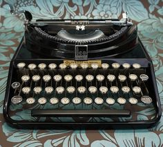 Typewriter For A Writer - All The Benefits - My Cup Of Retro Typewriters Modern Typewriter, Antique Typewriter, Vintage Typewriters, I Cup, Antiques, Ideas, Old Things, Antiquities, Antique