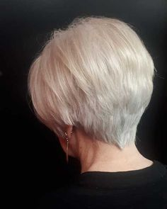 Best Short Layered Haircuts for Women Over 50 - The UnderCut Best Short Layered Haircuts for Women Over If you want to change this situation, check out this examples of wonderful short haircuts for over 50 here. Layered Haircuts For Women, Popular Short Haircuts, Short Hair Cuts For Women, Short Hairstyles For Women, Short Hair Styles, Medium Hairstyles, Short Cuts, Curly Hairstyles, Wedding Hairstyles