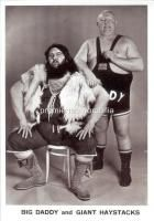 My nan used to watch this every Saturday afternoon. well there was only 3 channels then. Fat old men sitting on each other. - WORLD OF SPORT (UK TV series) Wrestling with Giant Haystacks and Big Daddy, 1965 - 1985 1980s Childhood, My Childhood Memories, Great Memories, 80s Kids, Vintage Tv, Big Daddy, My Youth, Teenage Years, Old Tv