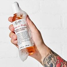 Pamper yourself tonight with our Creme de Corps Smoothing Oil-to-Foam Body Cleanser. Decadent notes of vanilla and almond relax the mind, delight the senses, and allow a moment just for you to enjoy. #Kiehls #SelfCare #Relaxation #BodyCleanser