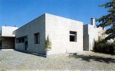Casa Habano. Vista frente y lateral. Barrionuevo Sierchuk arquitectas
