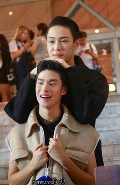 Make It Right: The Series ❤ Fuse & Tee (Peak & Boom) super recomendo. Asian Love, Asian Men, Star Wars, Handsome Faces, Thai Drama, Wattpad, Couples In Love, Drama Movies, Beautiful Couple