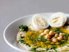 Рецепт отличного домашнего хумуса. Конечно, домашний хумус не сравнится с ресторанным, а, как приготовить хумус у себя дома, рассказала блогер Саша Середа.
