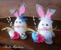 Skarby Magielnicy : Wielkanocne inspiracje - kolorowe zające Lion Painting, Spring Crafts, Christmas Ornaments, Diy, Holiday Decor, Home Decor, Craft Ideas, Palmas, Easter Activities