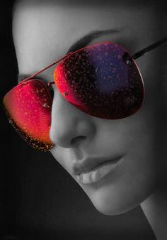 ★ Cool red sunglasses ★