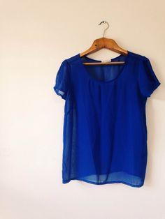 Camiseta manga curta transparente azul