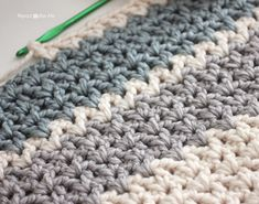 Repeat Crafter Me: Quick and Easy Chunky Crochet V-Stitch Afghan (Leslie's Lapghan)  ANOTHER PICTURE OF STITCH