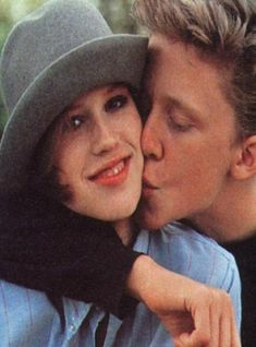 Anthony Michael Hall and Molly Ringwald. They were mainly friends in all their movies 80s Movies, Movie Tv, Judd Nelson, Anthony Michael Hall, Molly Ringwald, Brat Pack, Future Boy, The Breakfast Club, Cinema