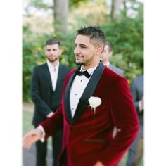 That custom velvet though.... www.krystalhealyblog.com  #wedding #groom #pittsburgh #pittsburghwedding #pittsburghweddingphotographer #destinationphotographer #pghwedding #weddingday #burghbride #krystalhealyphotography #film #contax645 #fuji400h #FIND #succop #succopwedding #succopconservancy