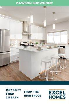 The Dawson offers a bright, open concept floor plan that's perfect for families. Centered around a great room that flows into a gourmet kitchen complete with breakfast nook and pantry. Personalize your model and check out the virtual tour at ExcelHomes.ca! #whitekitchen #kitchendesign #kitcheninspiration #3bedroomhome #ShowHome #CalgaryHomes #ExcelHomes #FloorPlan 3 Bedroom Home Floor Plans, Small House Floor Plans, Build Your House, Building A House, Open Concept Floor Plans, Large Homes, Breakfast Nook, Virtual Tour, Home Builders