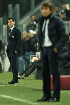 ACF Fiorentina head coach Vincenzo Montella (L) watches the action during the UEFA Europa League Round of 16 match between Juventus and ACF ...