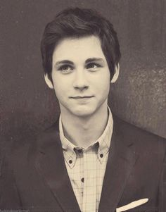 Logan Lerman... WHY WHY must his face be so PERFECT!?