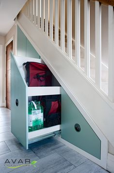 ƸӜƷ Under stairs storage ideas Gallery 19 Stairs In Kitchen, Stairs In Living Room, House Stairs, Stairs Storage Drawers, Stair Storage, Stair Walls, Stairway Lighting, Wrought Iron Stair Railing, Entryway Stairs