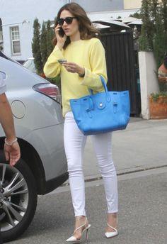 ~5/23 #エミー・ロッサム #ミックスニットカーディガン #ホワイトスキニーデニム |海外セレブ最新画像・私服ファッション・着用ブランドまとめてチェック DailyCelebrityDiary*