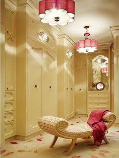 This would b my dream closet!!! I want it!!!!