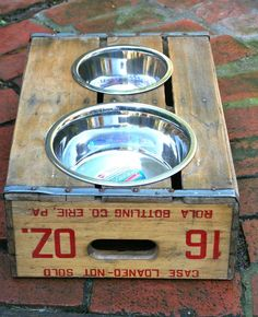Dog dish crate:  This is what my messy newfie needs!!!