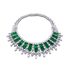 HARRY WINSTON. AN IMPORTANT EMERALD AND DIAMOND NECKLACE.
