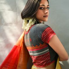 Buy Crafted To Complement Sumathi Svasa Intricately embroidered cotton blouses to elevate your sarees Online at Jaypore.com Cotton Saree Blouse, Saree Blouse Neck Designs, Saree Blouse Patterns, Dress Neck Designs, Designer Blouse Patterns, Kurta Designs, Cotton Blouses, Sari Blouse, Embroidery Dress
