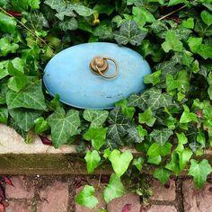 #bouillotte #brocante #vintage #old #bluedecoration #lavieenbleu by iletait1x