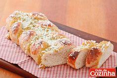 Confira esta receita de pão doce de padaria, que além de ficar uma delícia, é uma opção prática para o café da manhã ou lanche da tarde de toda família!
